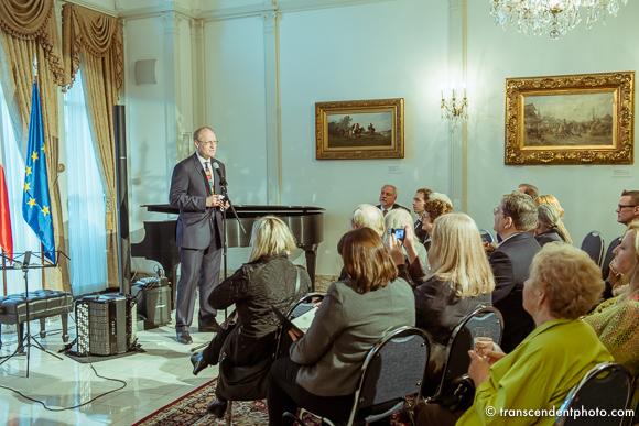 Do salonu głównego, konsul Robert Rusiecki zaprosił nie tylko miłośników architektury z całego miasta