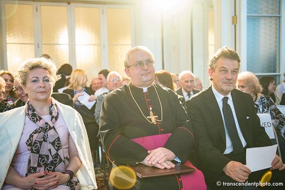Polonijny efekt Cotarda - na zdjęciu od lewej posłanka Anna Cicholska, biskup Andrzej Wypych, ambasador RP Ryszard Schnepf