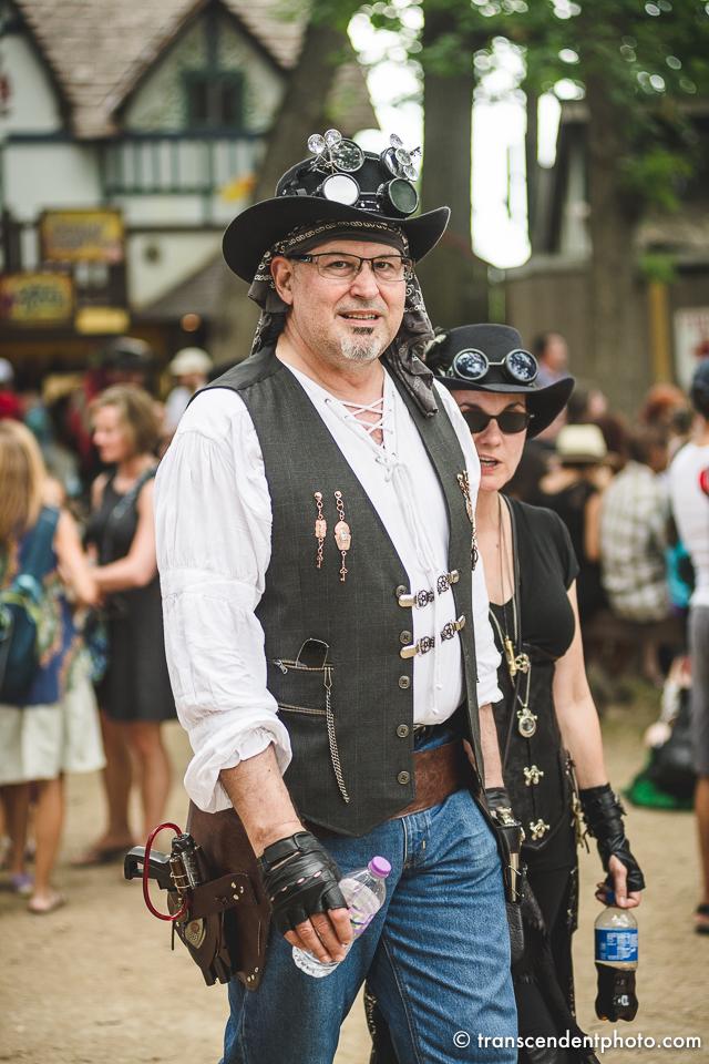 Steampunk spotkanie podczas Renaissance Faire w Bristolu