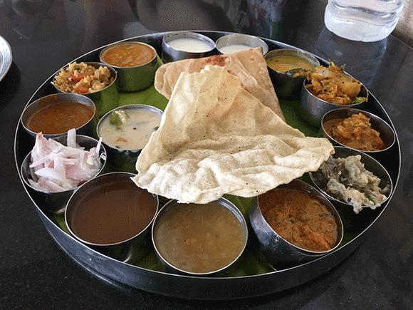 Tradycyjny posiłek w Tamil Nadu