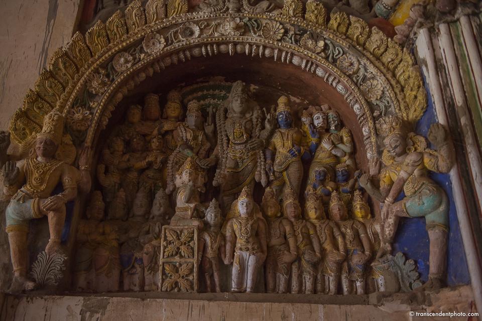 Pomiędzy Thanjavur, Francją i Indiami