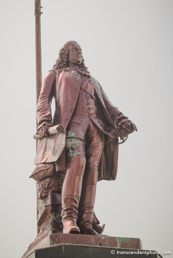 Joseph Francois Dupleix, któremu wystawiono pomnik w Pondicherry