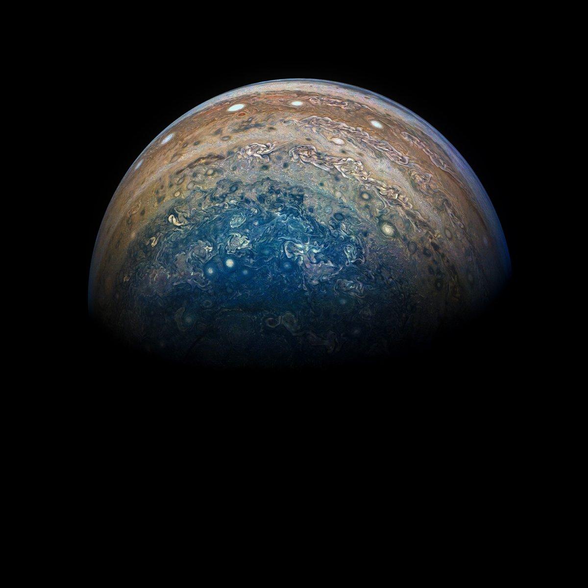 Juno bliżej niż dalej - NASA/JPL-Caltech/SwRI/MSSS/Gerald Eichstädt/Seán Doran