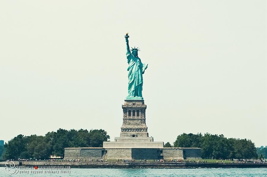 Konstytucja niczym kolos - Statua Wolności