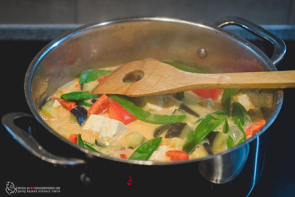 Bok choy i czerwone curry