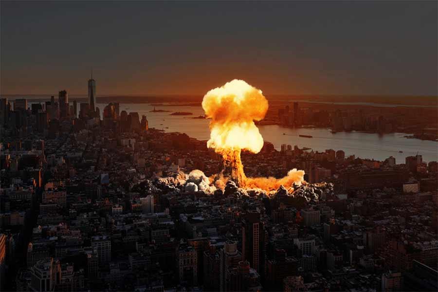 Wybuch atomowy na tle amerykanskiego miasta