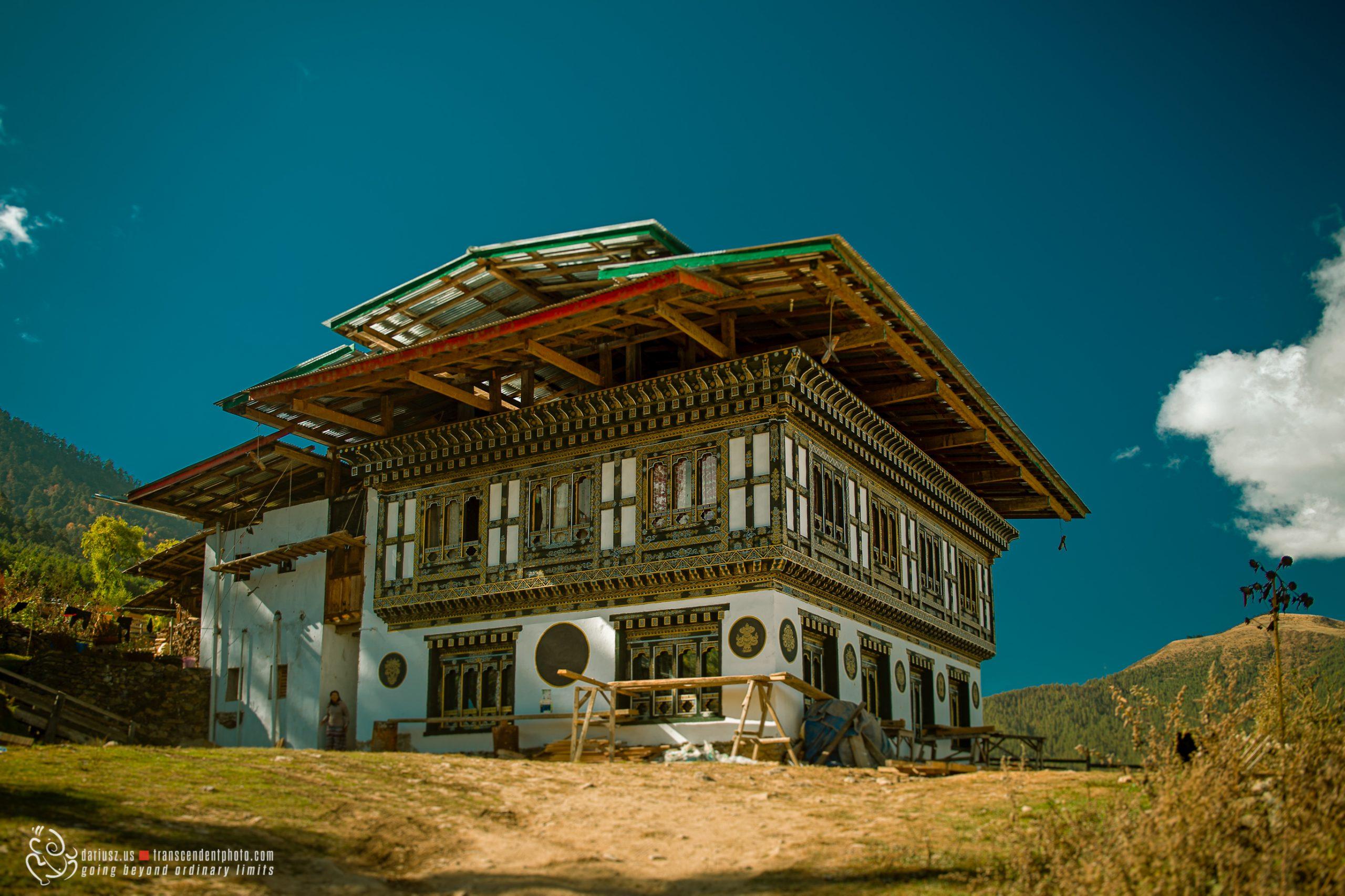 Typowy dom wiejski w Bhutanie
