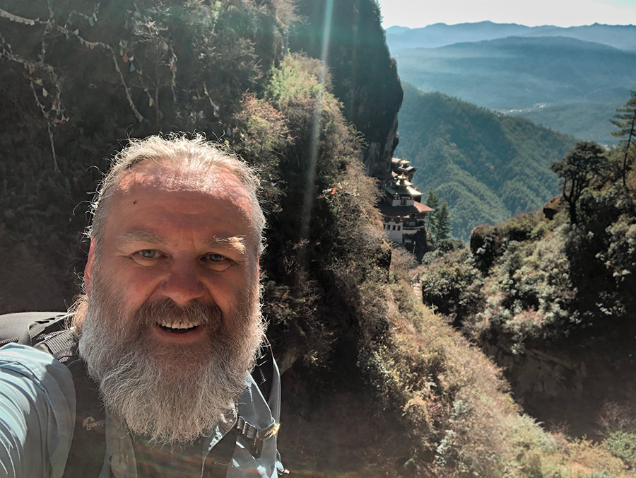 A to moje selfi z Tiger's Nest w tle, Bhutan 2019
