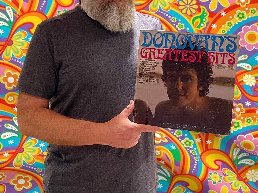 Na zdjęciu trzymam okładkę płyty Donovana - The Greatest Hits
